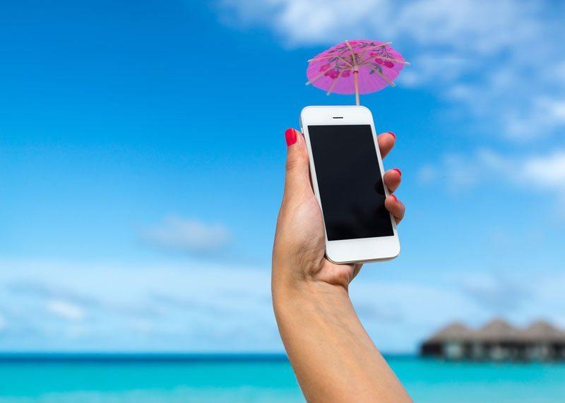 Zo bespaar je op telefoonkosten in het buitenland